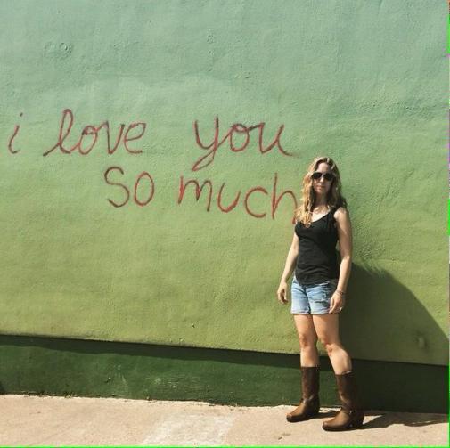 Chloe in TX
